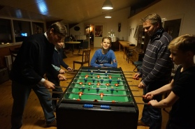 Groepsaccommodatie-Friesland-tijd voor tafelvoetbal